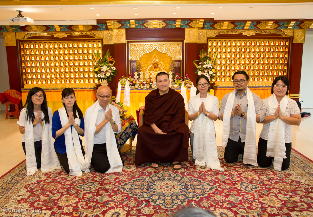 Audiences with thaye dorje his holiness the 17th karmapa during gyalwa karmapa visits singapore october 2nd to 10th audiences altavistaventures Choice Image