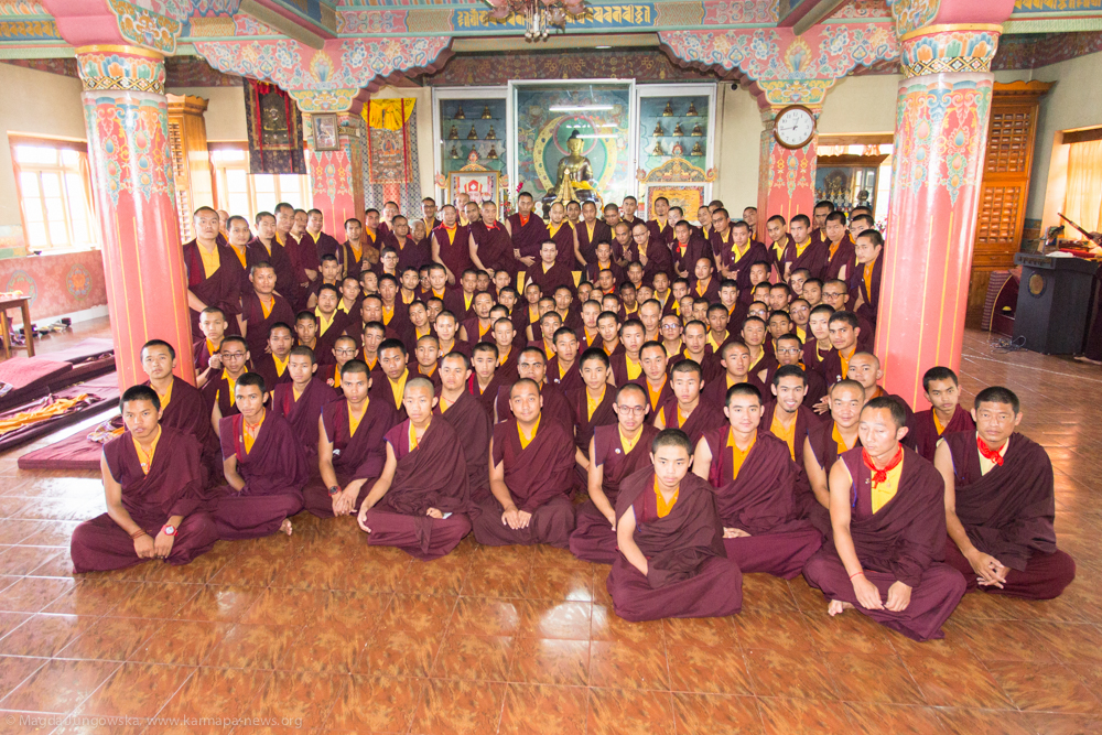 13.06.2017 Group picture with Gyalwa Karmapa and students of Diwakar Buddhist Academy after Ceremony of thanksgiving to the students, Manjusri Lung, speech by HH Karmapa