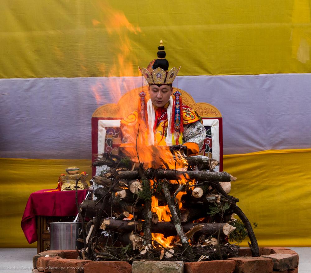 08.06.2017 Gyalwa Gyamtso ritual: Fire puja led by Gyalwa Karmapa