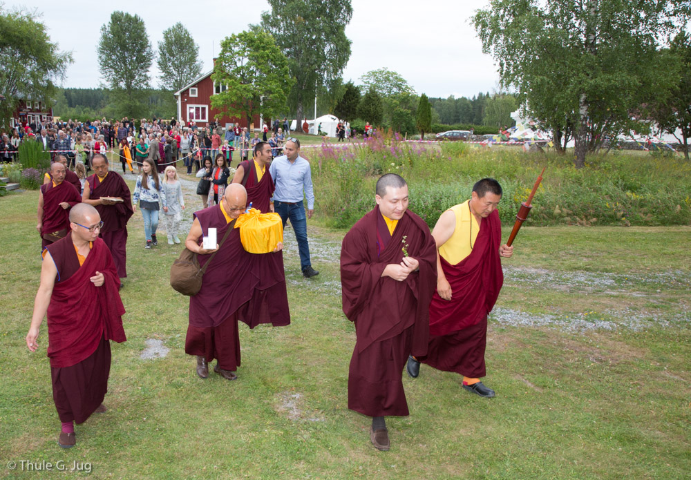 Gyalwa Karmapa arrives at the retreat center from Stockholm. He is led to the house which was build for him.