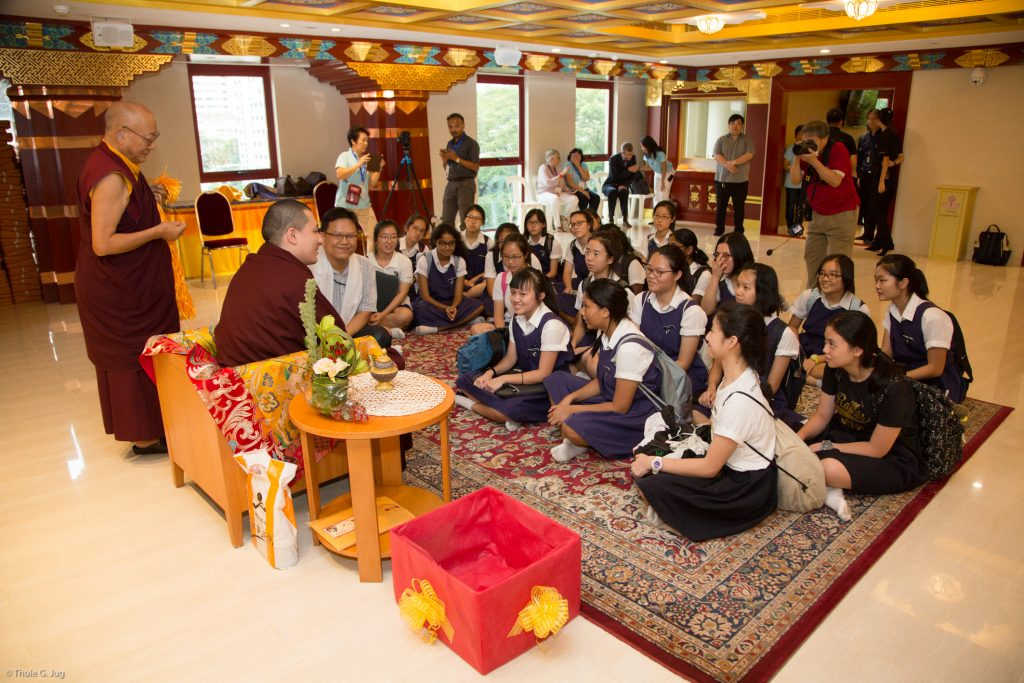 HH Gyalwa Karmapa meets a school class from Singapore