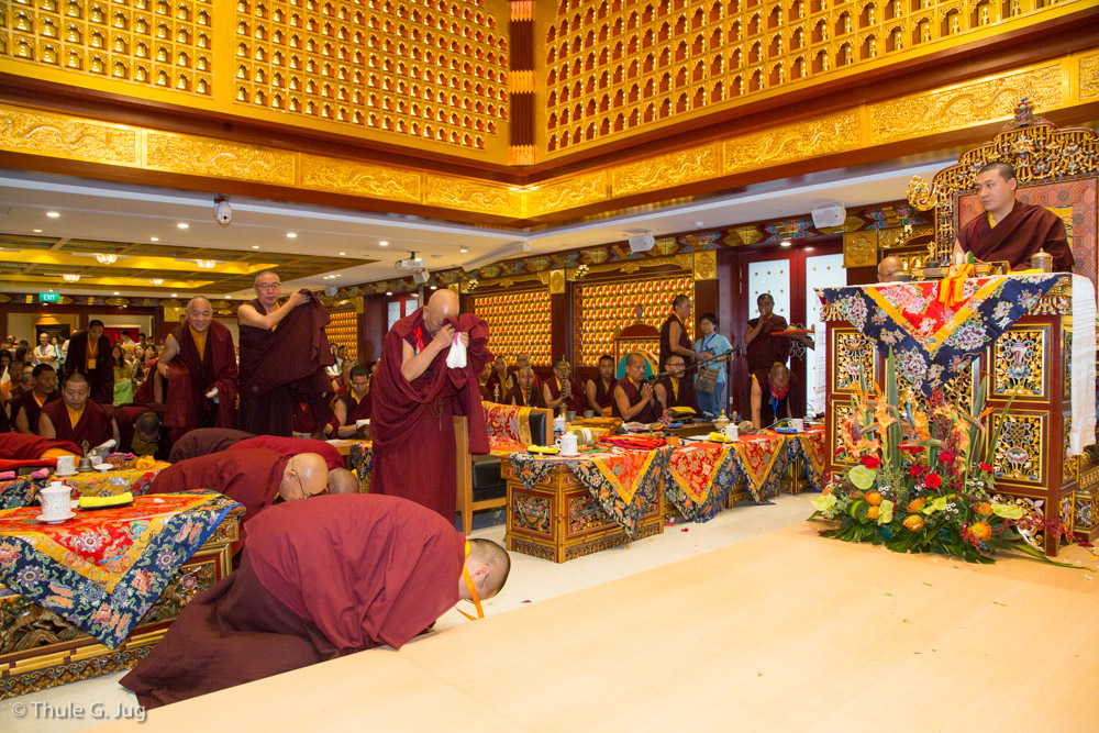 All the Rinpoches present offer Body Speech and Mind to HH Gyalwa Karmapa during White Tara puja