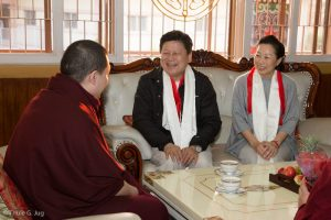The governor from Hua Lien in Taiwan and his wife come to meet Gyalwa Karmapa