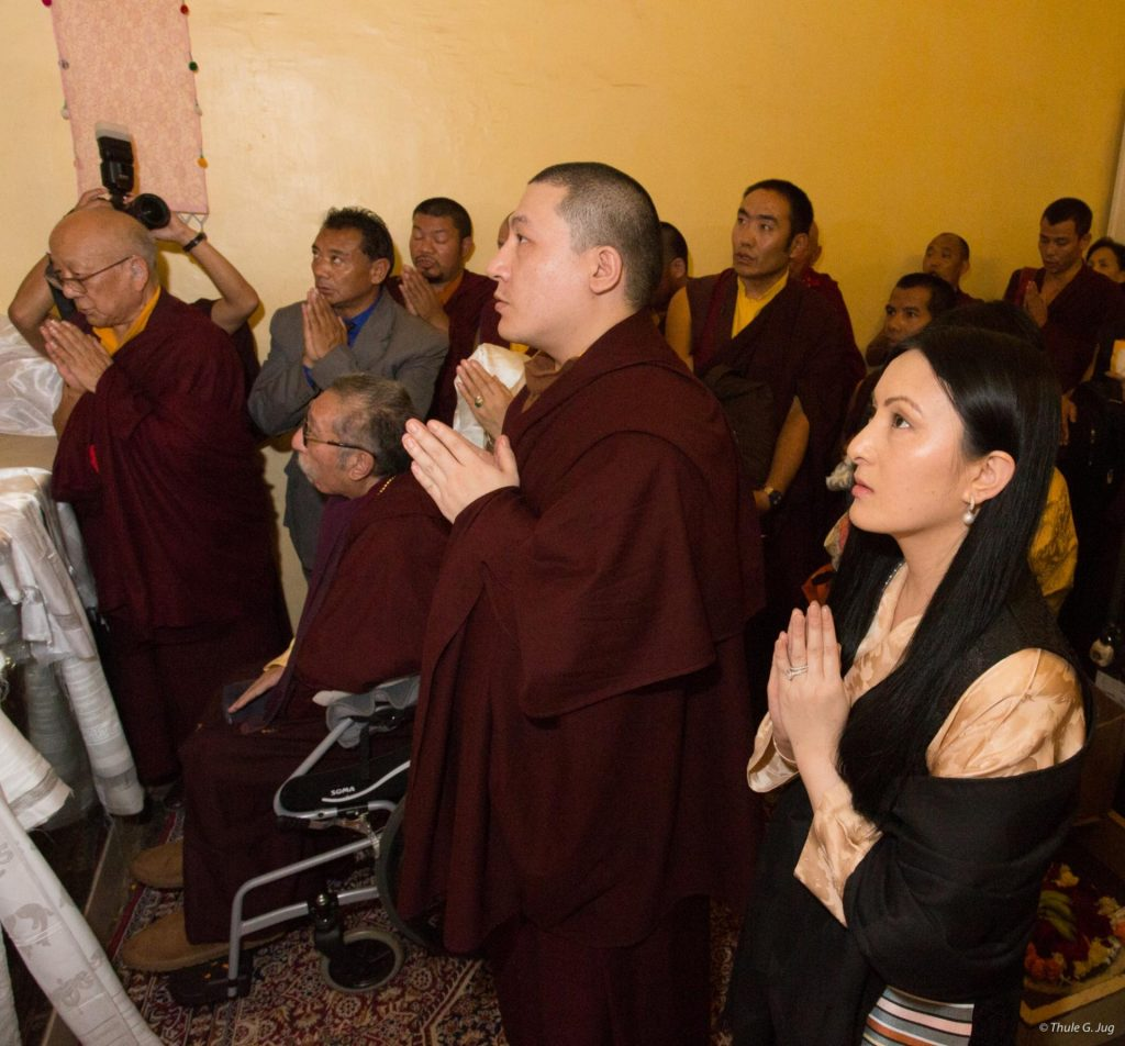 Thaye Dorje, His Holiness the 17th Gyalwa Karmapa, his wife Sangyumla, together with HE Mipham Rinpoche, Solponla Tsultrim Namgyal, and others offering prayers at Bodh Gaya in 2017
