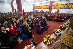 More than 3000 people came together at the Sharminub Institute to receive the Empowerment of Buddha Amitayus (a long-life empowerment) from Karmapa