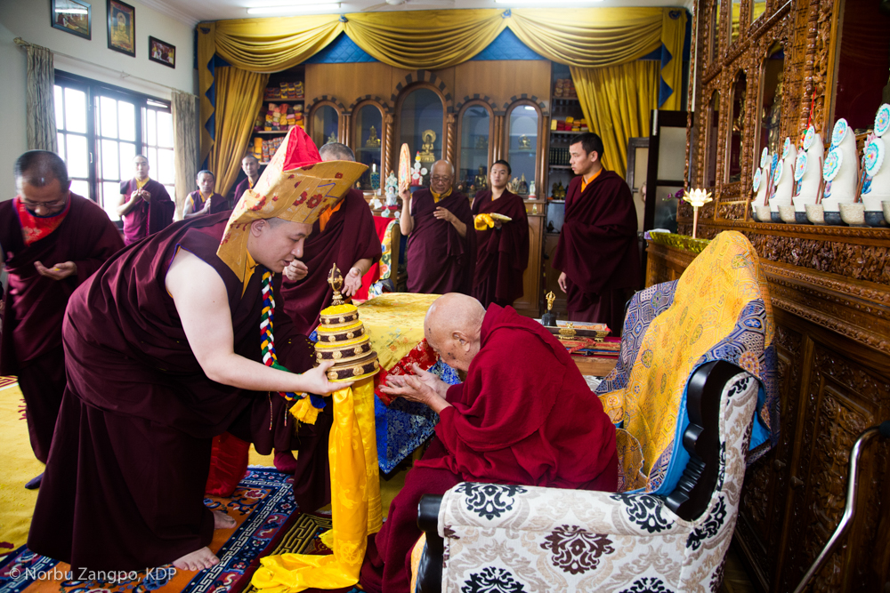 With humble appreciation, Karmapa offered His Eminence Luding Khen Rinpoche a mandala, a symbolic offering of body, speech and mind, together with other gifts