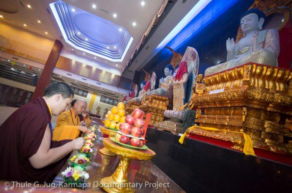 Karmapa-in-Indonesia-Visit-of-Mahakaruna-Buddhist-Center