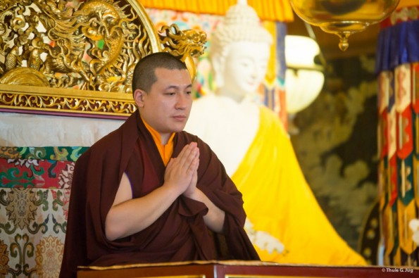 Karmapa-visits-Taiwan-Offering-of-Body-Speech-and-Mind