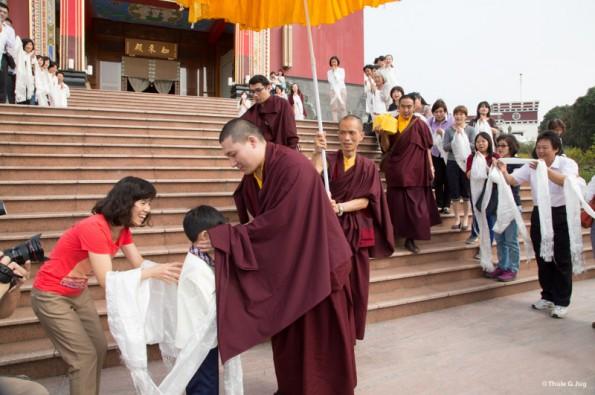 Karmapa-visits-Taiwan-Departure-from-Karma-Kagyu-Monastery