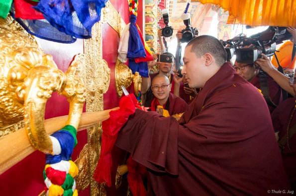 Karmapa-visits-Nepal-2015-10-31-to-11-10