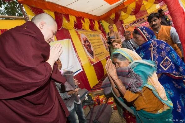 Kagyu-Monlam-in-Bodh-Gaya-with-Gyalwa-Karmapa-2015