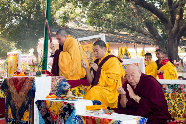 Kagyu-Monlam-in-Bodh-Gaya-with-Gyalwa-Karmapa-2015-First-day