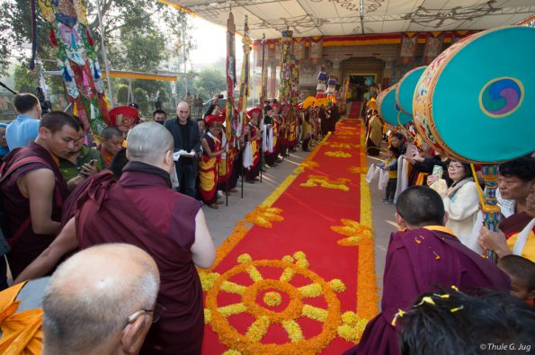 Kagyu-Monlam-2016.-Arrival-of-Gyalwa-Karmapa-in-Bodh-Gaya