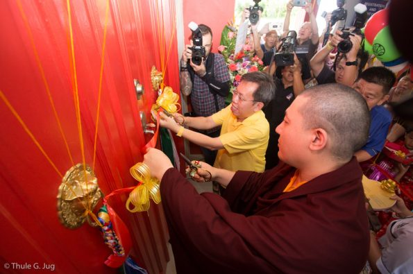 Gyalwa-Karmapa-visits-Kuching-September-26th-to-October-2nd-2017-Opening-Ceremony-and-Rabne-Puja