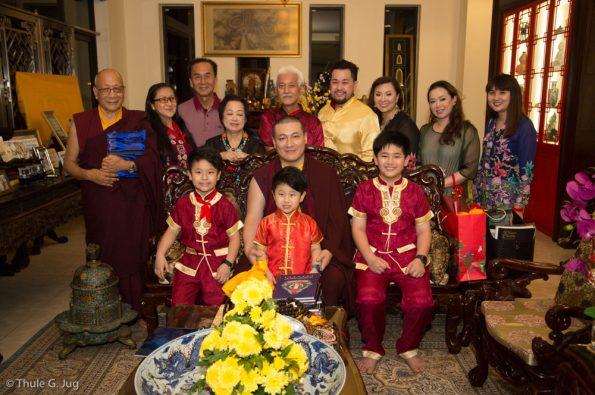 Gyalwa-Karmapa-visits-Kuching-September-26th-to-October-2nd-2017-Visit-of-Mr.-Fernandez-Ong-and-his-Family