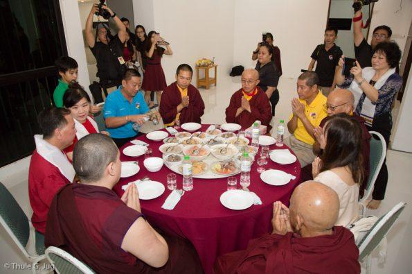 Gyalwa-Karmapa-visits-Kuching-September-26th-to-October-2nd-2017-Visit-of-the-Tan-Family