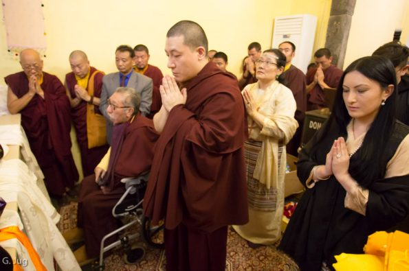 Gyalwa-Karmapa-in-Bodh-Gaya-Dec.-6-to-23-2017.-Gyalwa-Karmapa-Visits-the-Mahabodhi-Temple-with-his-Parents-his-Wife-and-her-Family
