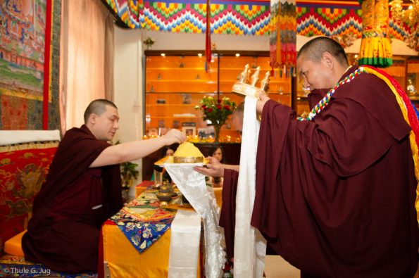 Karmapa-in-Hong-Kong-2018-03-31-to-04-09.-Visits-of-Dharma-Centers
