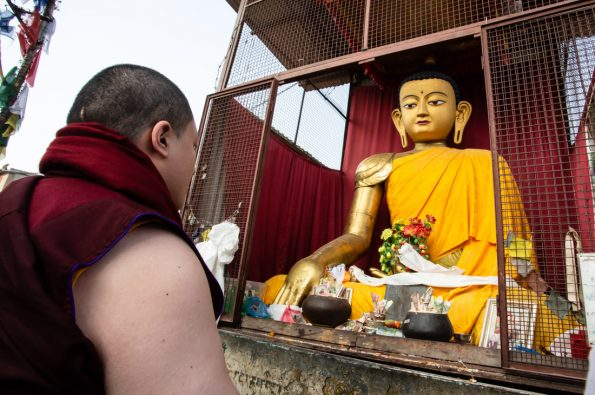 Karmapa-visits-Kathmandu-2018-12-03-to-07.-Pigrimadge-to-Parping-and-Swayambhu